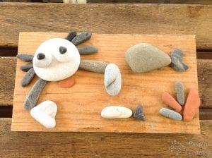 Probando el cangrejo con piedras pintadas