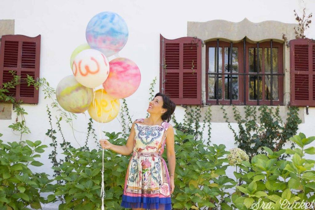 pintar globos con pintura en spray