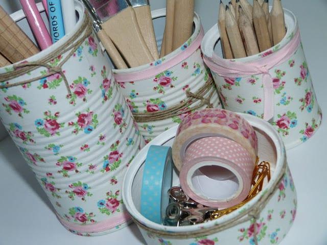 reciclaje-latas-escritorio