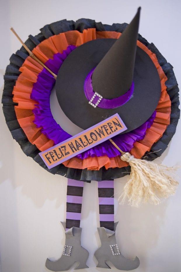 Corona de halloween para decorar puertas