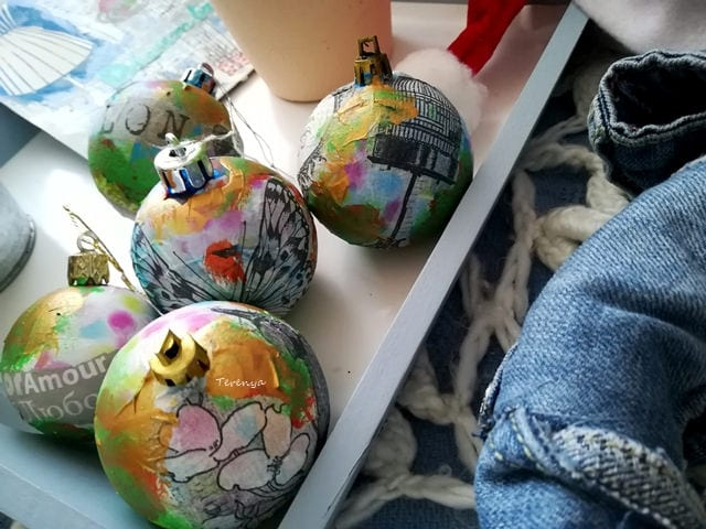 decorar bolas de navidad byterenya