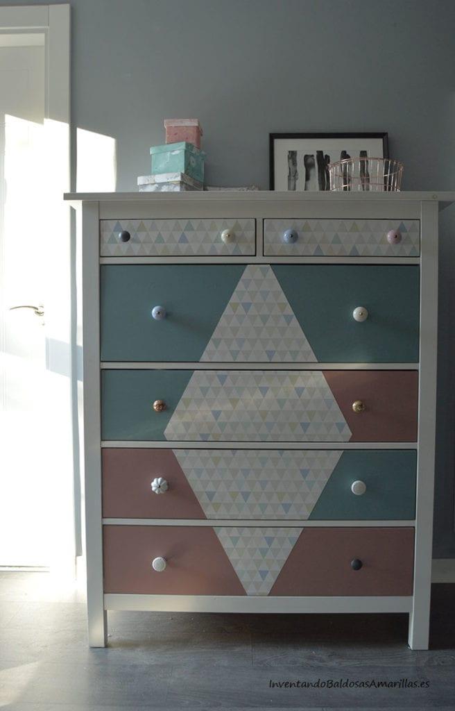 comoda-ikea-decorada-papel-pintado