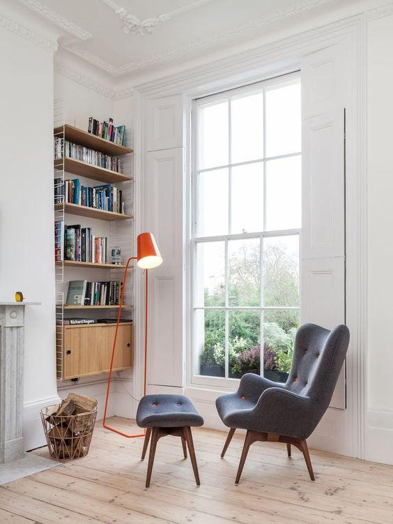 como iluminar tu casa - escoger la iluminacion en un rincon de lectura