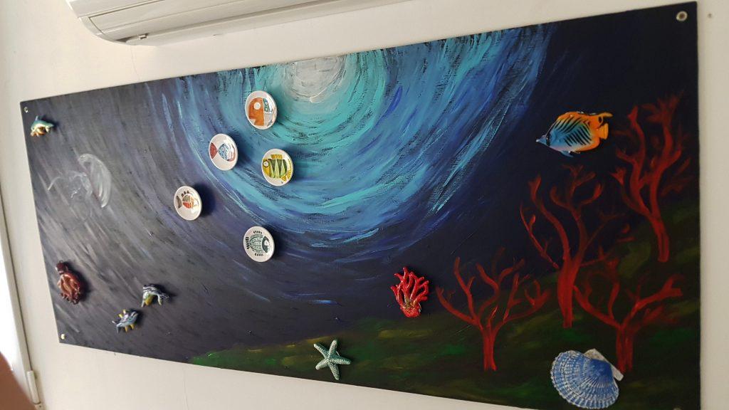 pintura de iman - El mural de fondo marino terminado