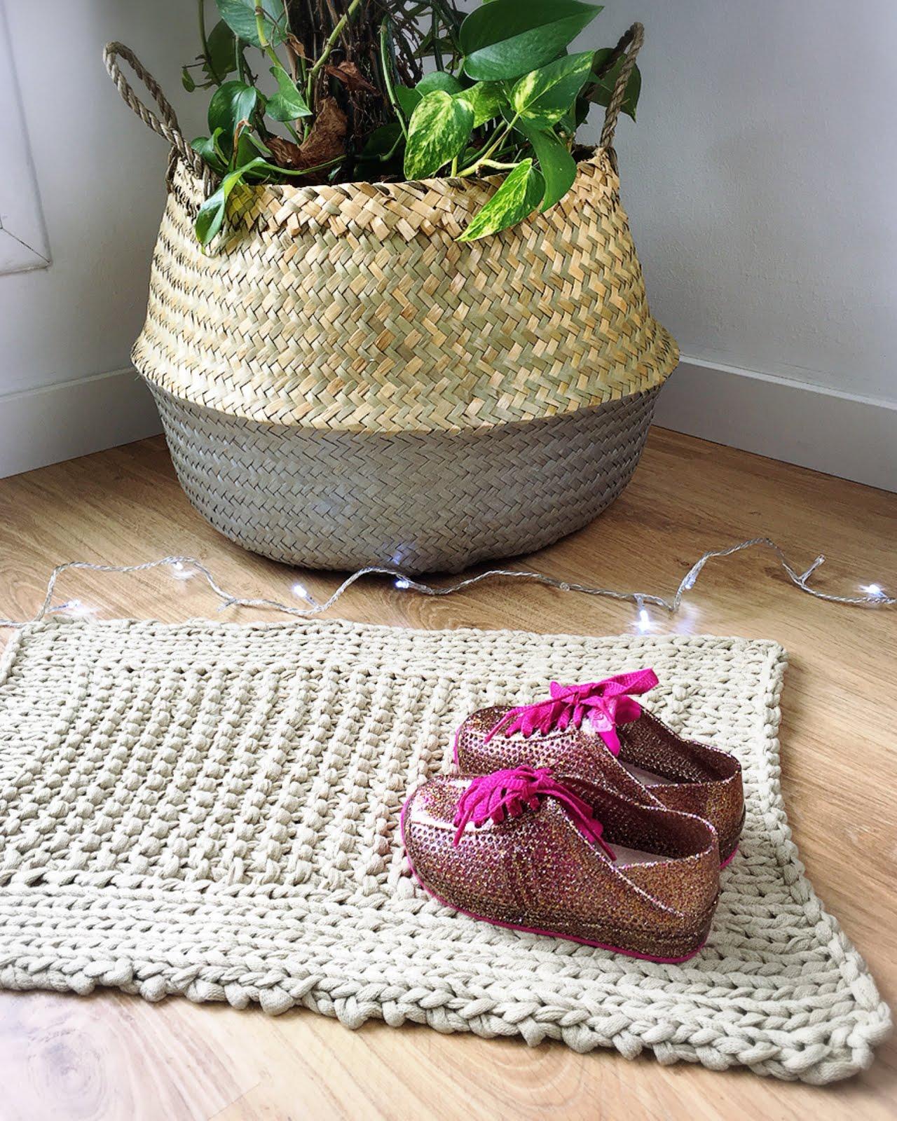ALFOMBRA TEJIDA A DOS AGUJAS - Handbox Craft Lovers | Comunidad DIY ...
