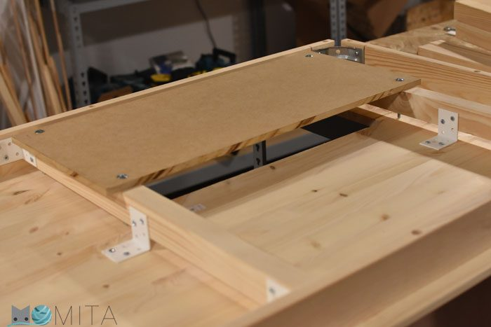 DIY mesa para máquina de coser
