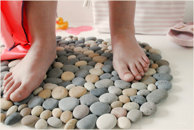 como-hacer-alfombra-piedras-diy
