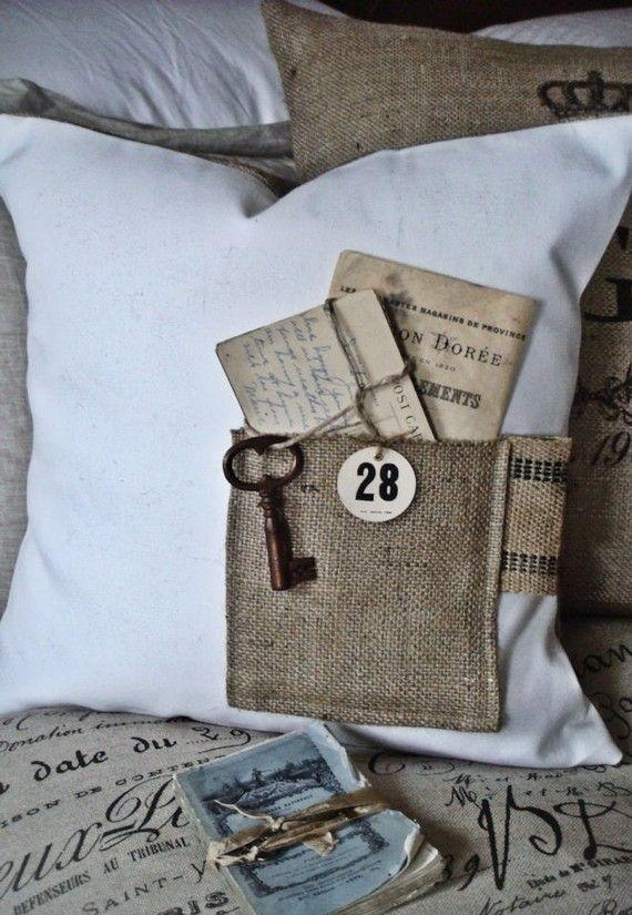Almohadas y cojines de tela de saco