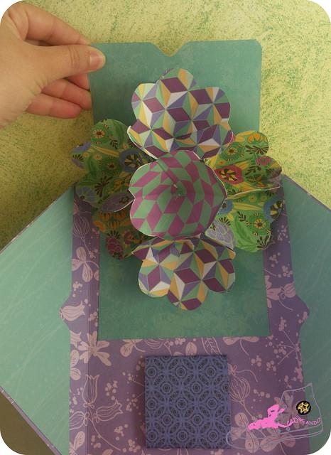 flores en snail mail