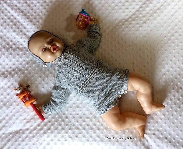 Con hilos, lanas y botones: Winter Playsuit by Ministrikk
