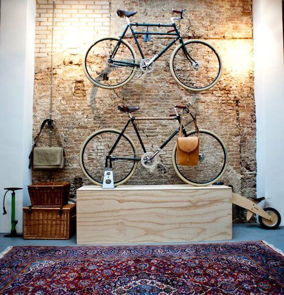 guardar la bici en casa - asignarles un sitio fijo