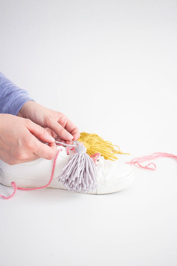 customizar zapatillas con lana
