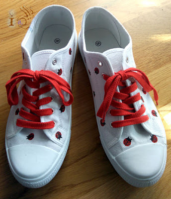 Zapatillas-con-cordones-Ideadoamano