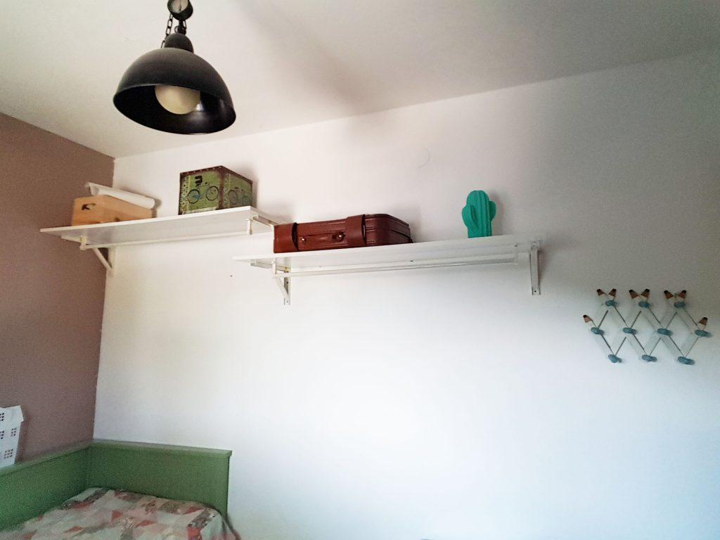 Alternativa al armario - Vista general del espacio para armario sin ropa