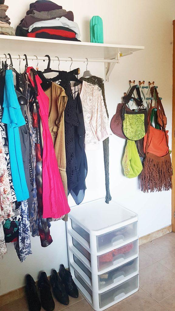 Alternativa al armario - Perchero multiple para bolsos