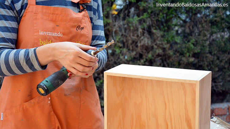 hacer-agujeros-madera