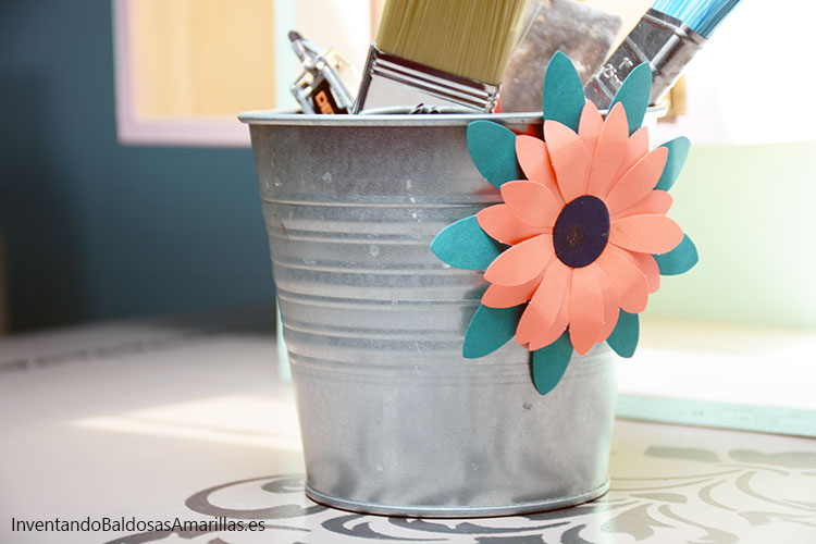 decorar-tarros-flores-papel