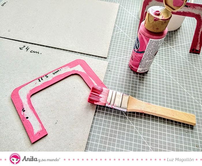 cómo hacer un asa con cartón contracolado