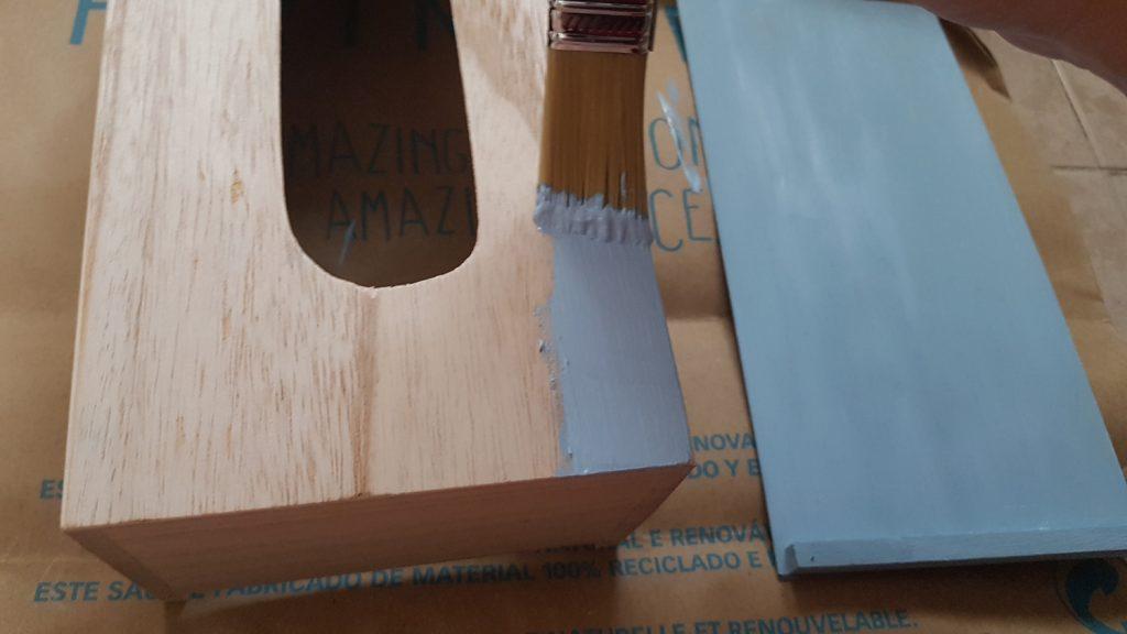 Decorar una caja con chalk paint - Pintamos la caja de kleenex con pintura a la tiza