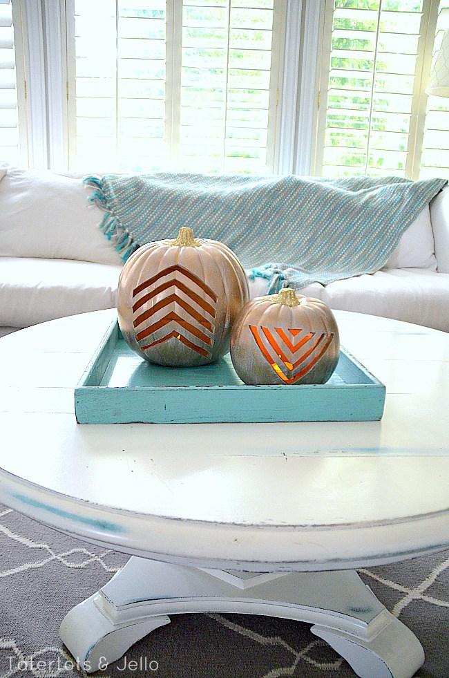 Calabazas de Halloween - calabazas carvadas con estampado chevron