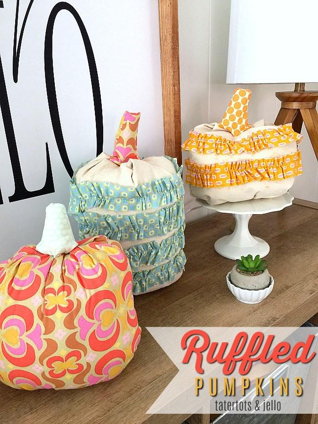 Calabazas de Halloween - calabazas hechas con telas de colores