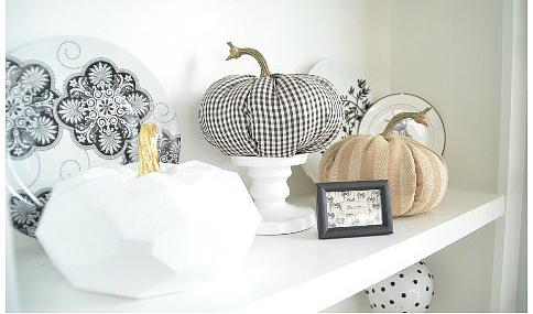 Calabazas de Halloween - calabazas hechas con telas y corchopan