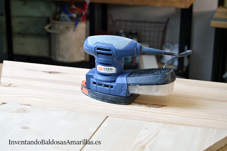 herramientas-carpinteria-lijadora-arbol-de-navidad