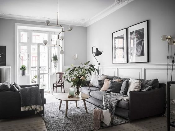 Iluminar tu salón con apliques y luz tenue