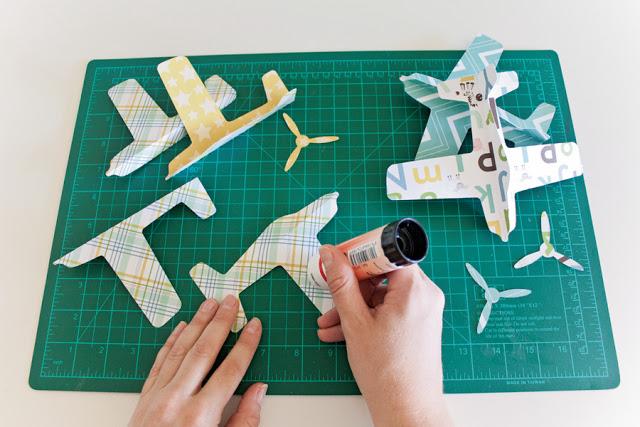 móvil cuna aviones