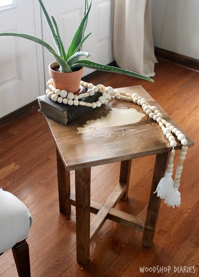 Cómo hacer una Mesa auxiliar DIY 8