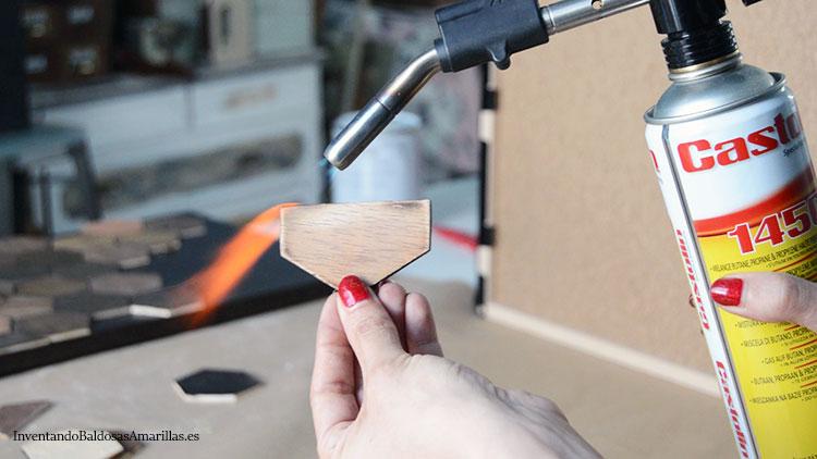 quemar-piezas-de-madera-soplete
