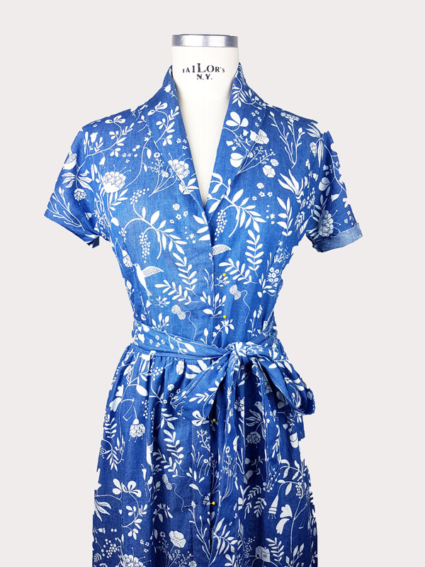 dobladillo de manga en vestido
