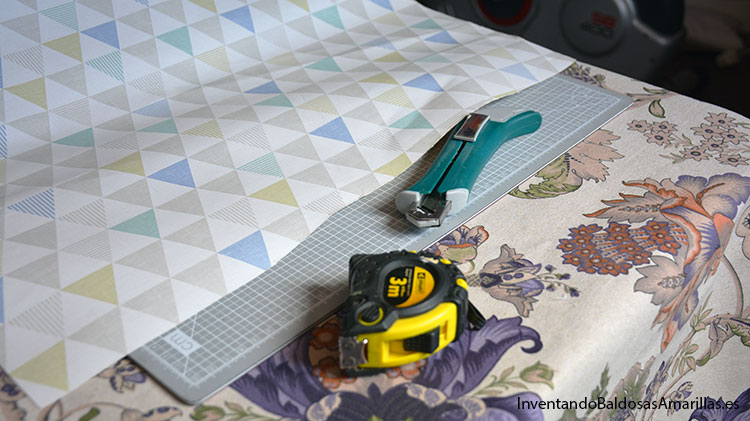 cortar-papel-pintado