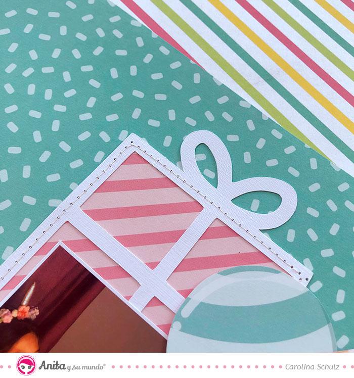 detalles de scrapbooking: aplicar costura sobre papel
