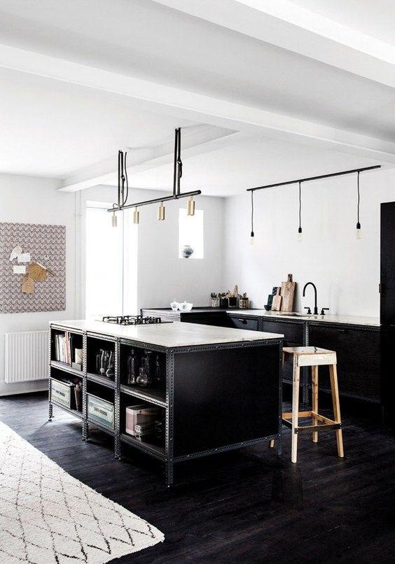 Suelo negro para decorar tu casa