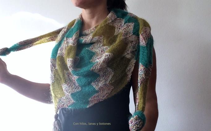 Con hilos, lanas y botones: Cheri Chevron Shawl