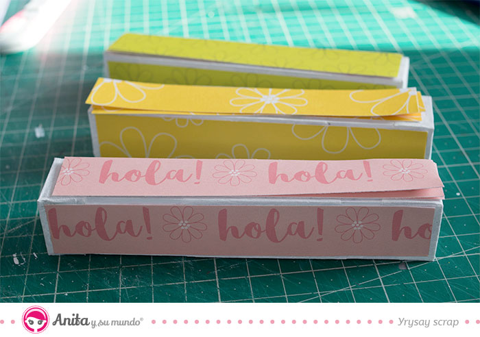 como decorar manualidades con papeles bonitos