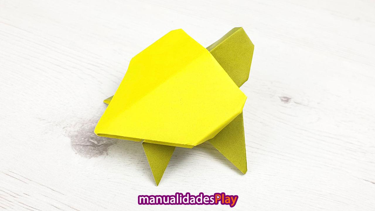 Tortuga realizada con una hoja de papel