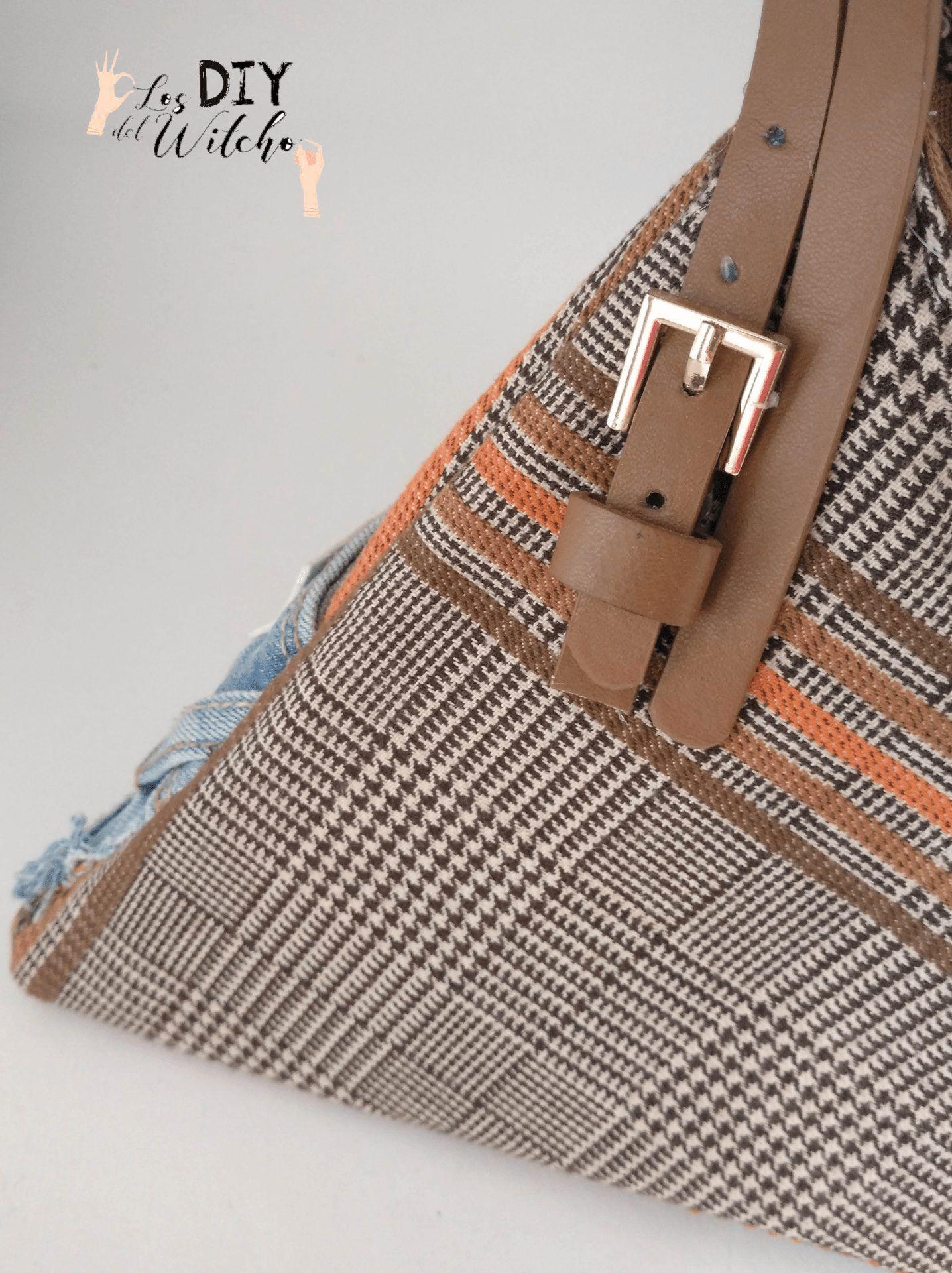 bolso triangular hebilla