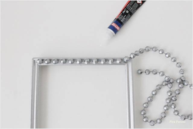 portafotos-diy-renovado-collar-perlas-betun-judea-paso-2