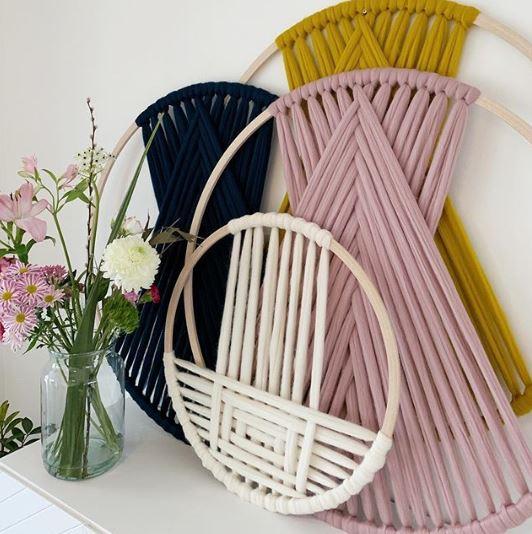 5_DIY_dar_toque_primaveral_hogar_aros_lana_algodón-02