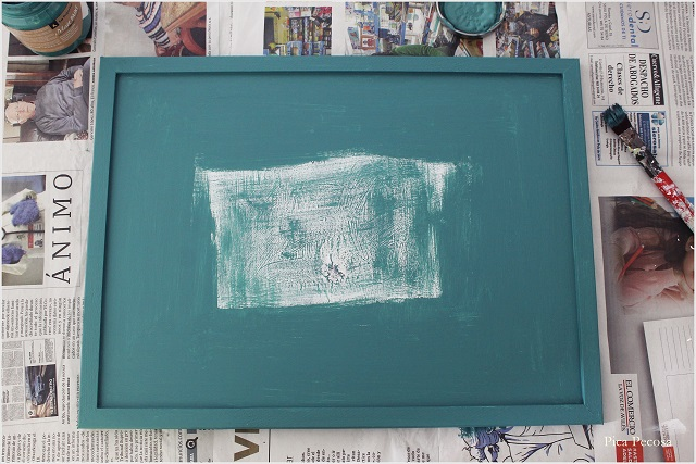cuadro-reciclado-sin-cristal-colgar-lamina-diy-paso-4