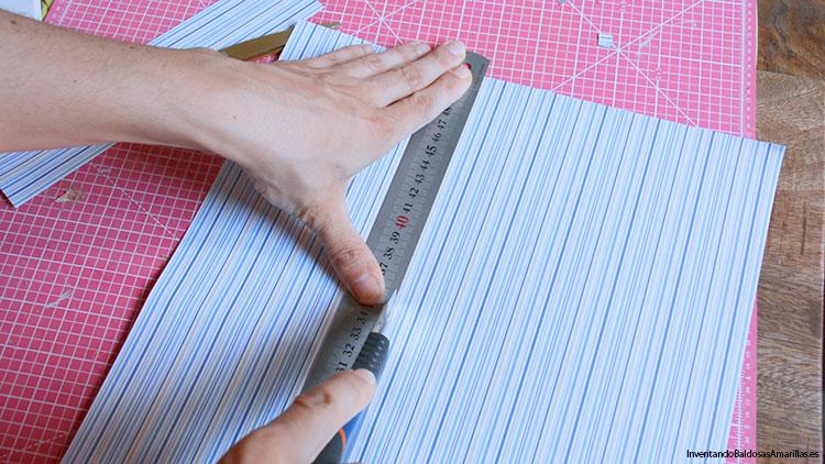 cortar-papel-portafotos-infantil