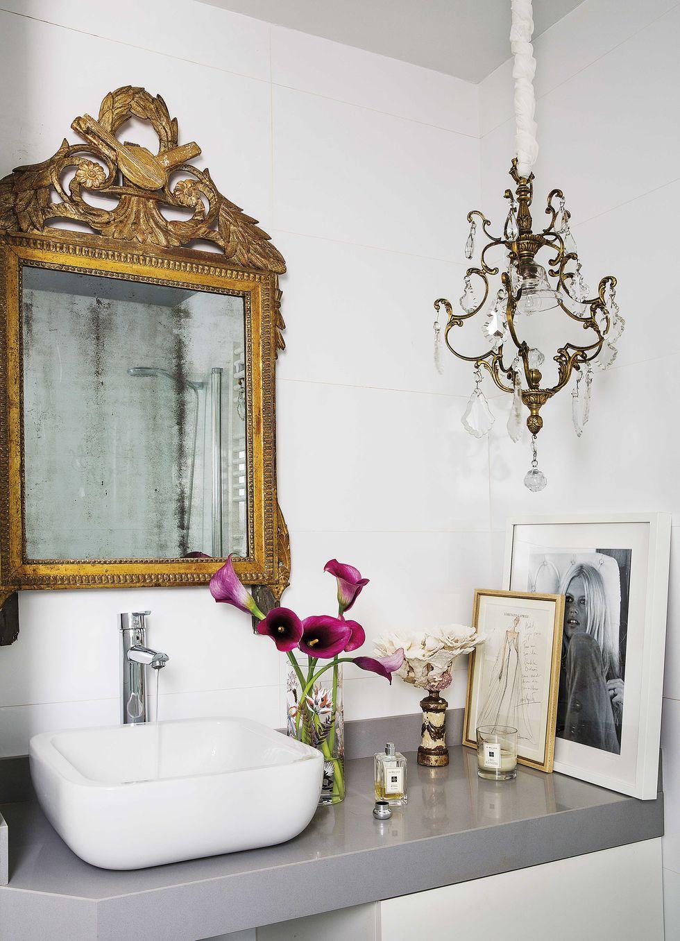 Cómo_conseguir_una_decoración_chic_en_clave_low_cost_consejos_trucos_baño_paula_ordovás-10