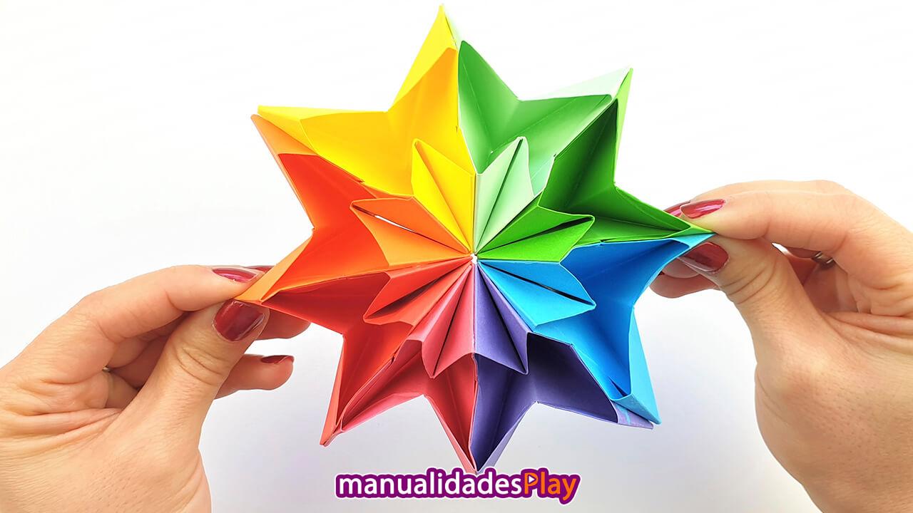 Estrella infinita de papel con los colores del arco iris