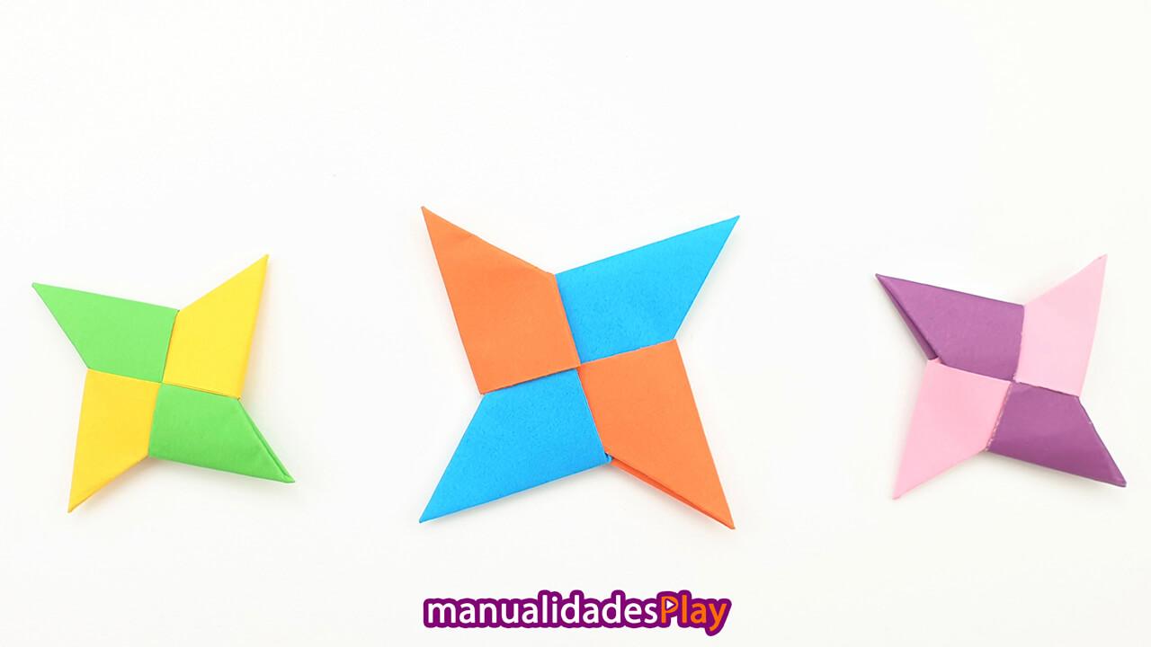 Estrellas ninja de papel shuriken realizada con origami