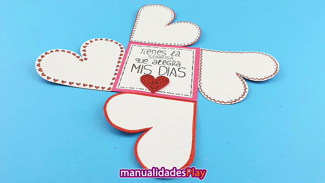 Tarjeta hecha a mano con manualidades para San Valentín