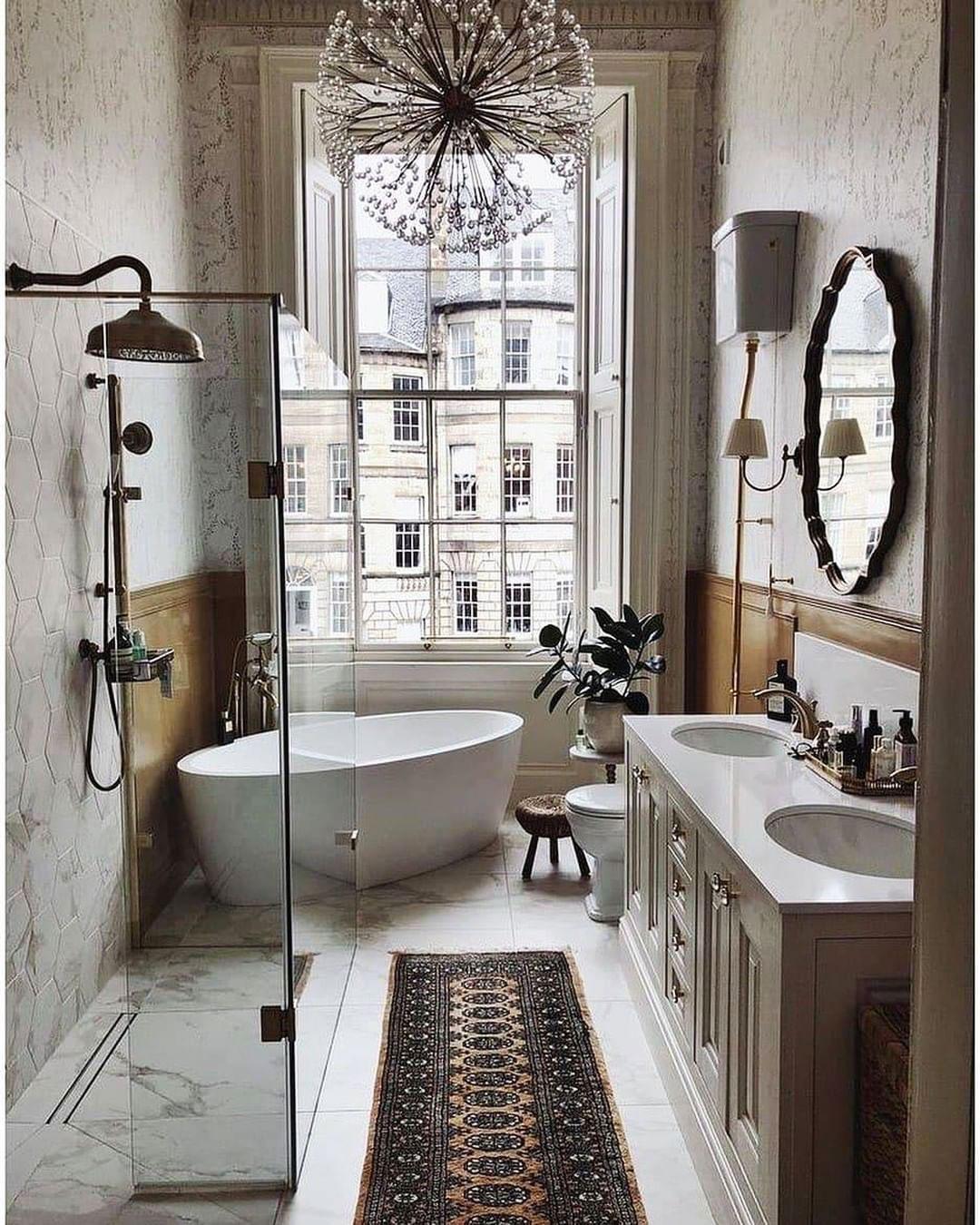 Baño con estilo lujoso