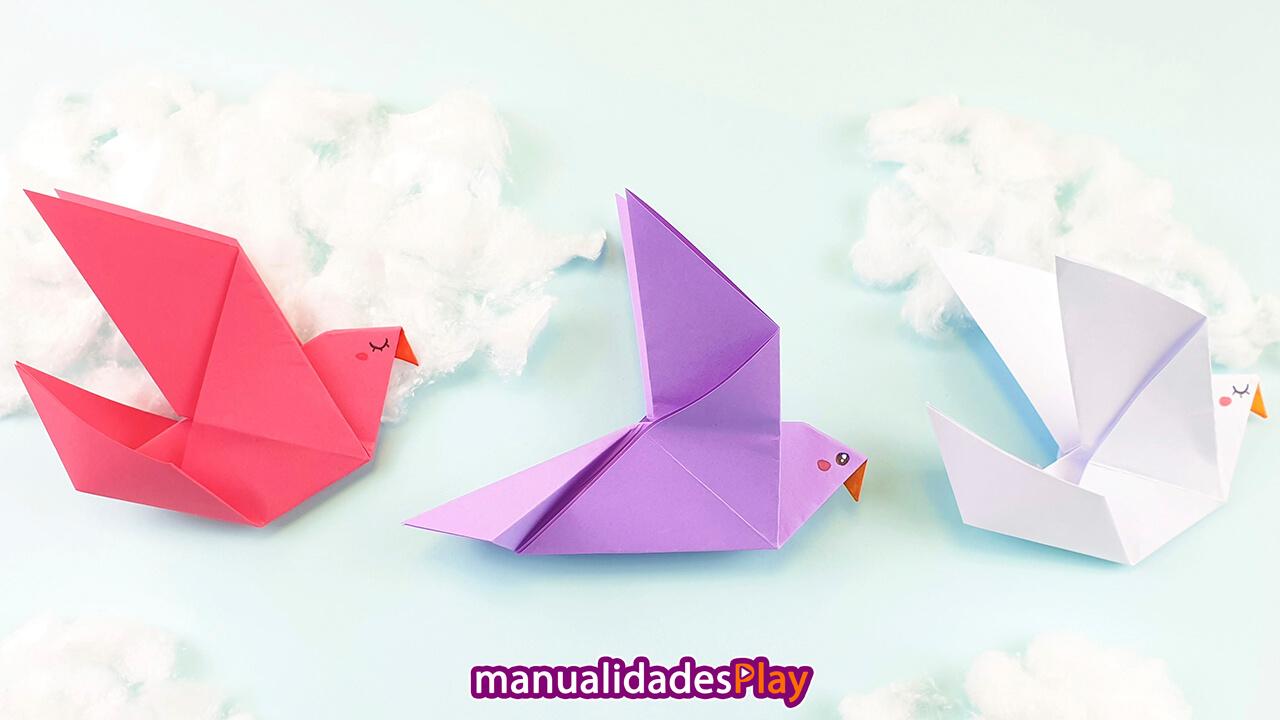 Palomas de papel realizadas con origami fáciles de hacer (3 palomas de colores)